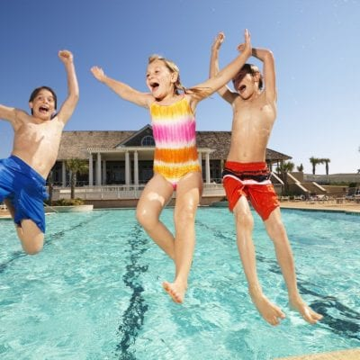 summer camp inghilterra young swimmingpool lincolnshire karting vacanze studio viva international