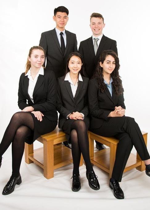 anno scolastico all'estero divise scolastiche viva